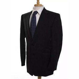 Hickey Freeman Suits & Blazers - HICKEY FREEMAN PIN STRIPED WOOL 2BUTTON SIZE 38R